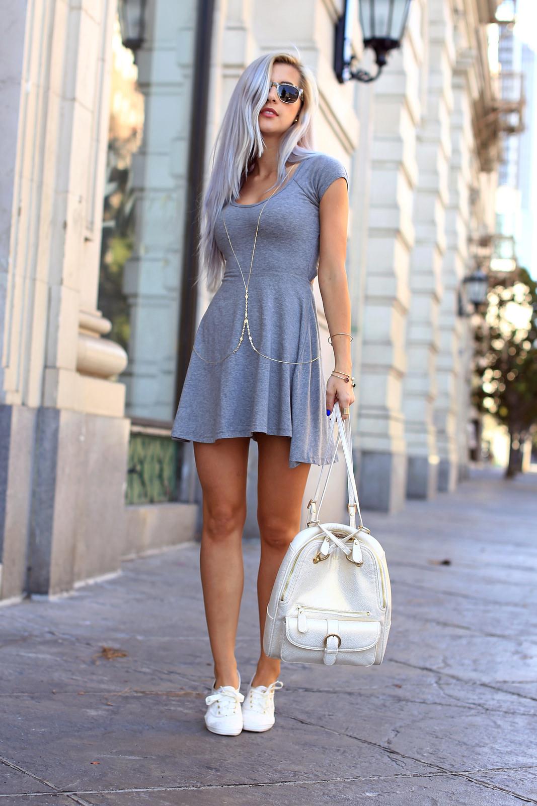 Серое платье хлопковое с коротким рукавом