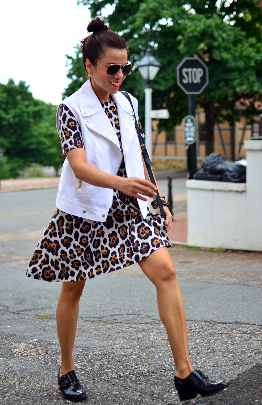 Платье леопардовое с коротким рукавом