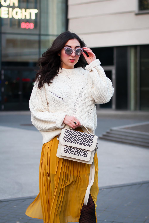 Плетеная сумка из кожи