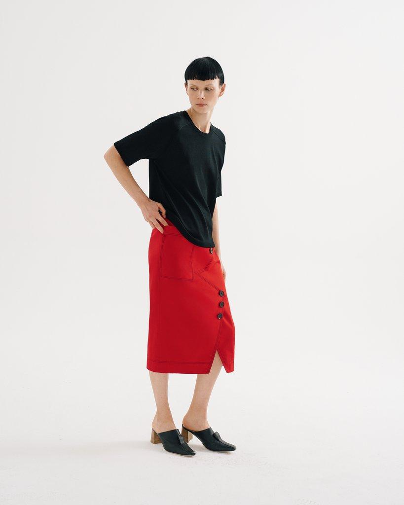 Юбка с футболкой красная