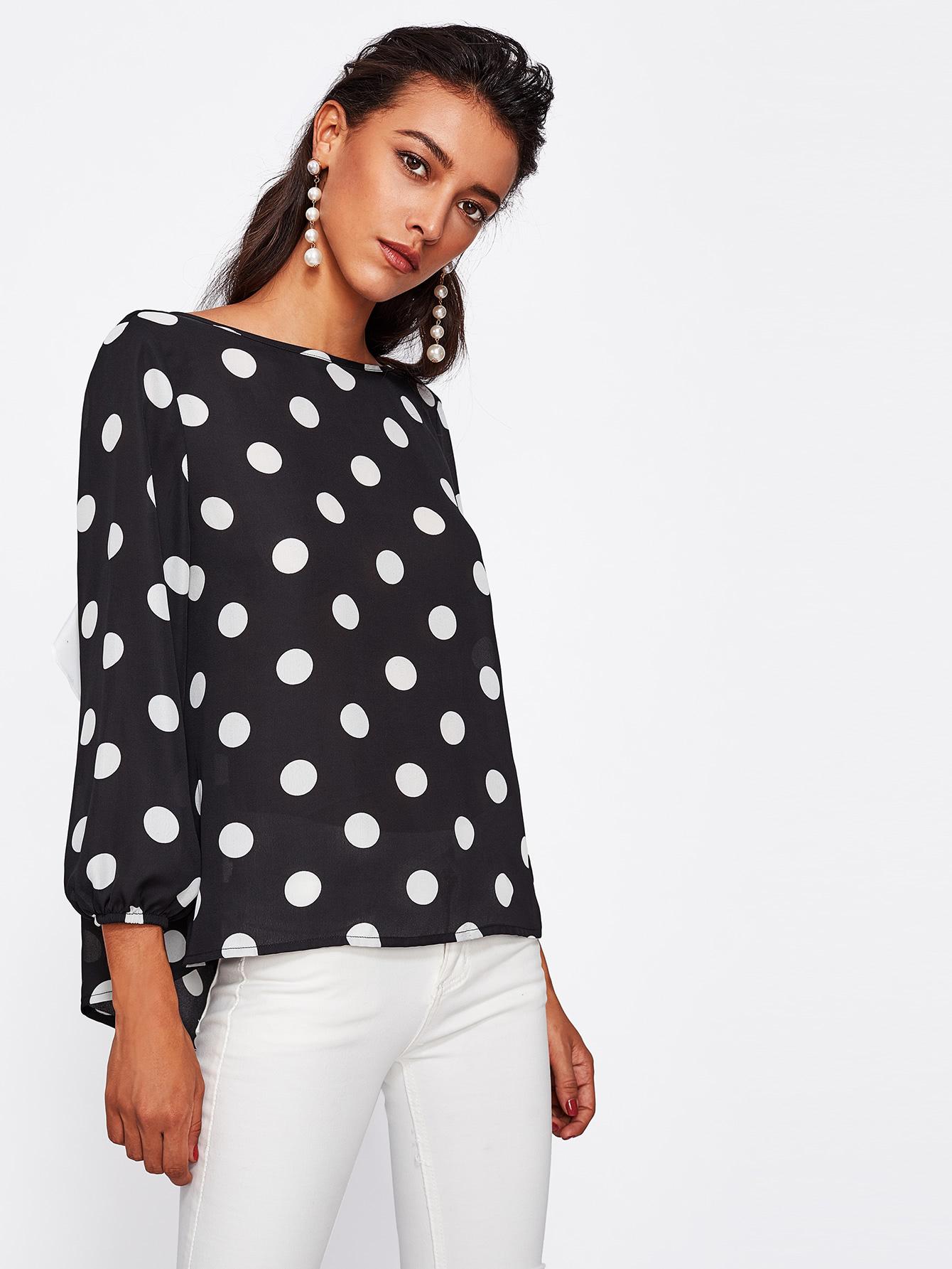 Блузка в горошек крупный