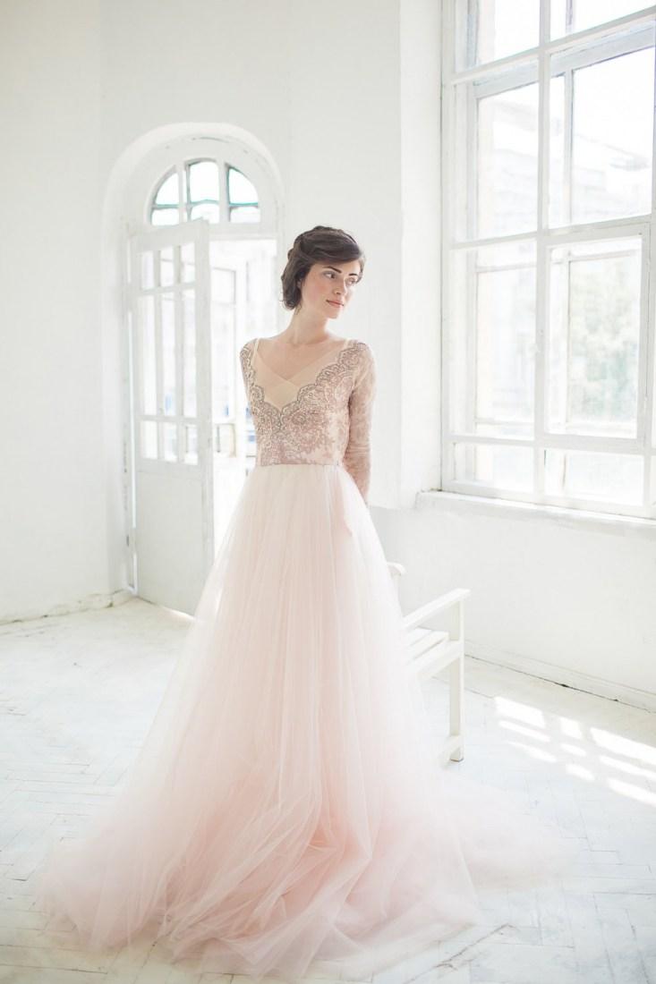 Свадебное платье айвори с кружевными рукавами