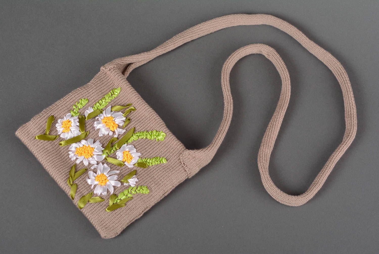 Вязаная сумка с лентами