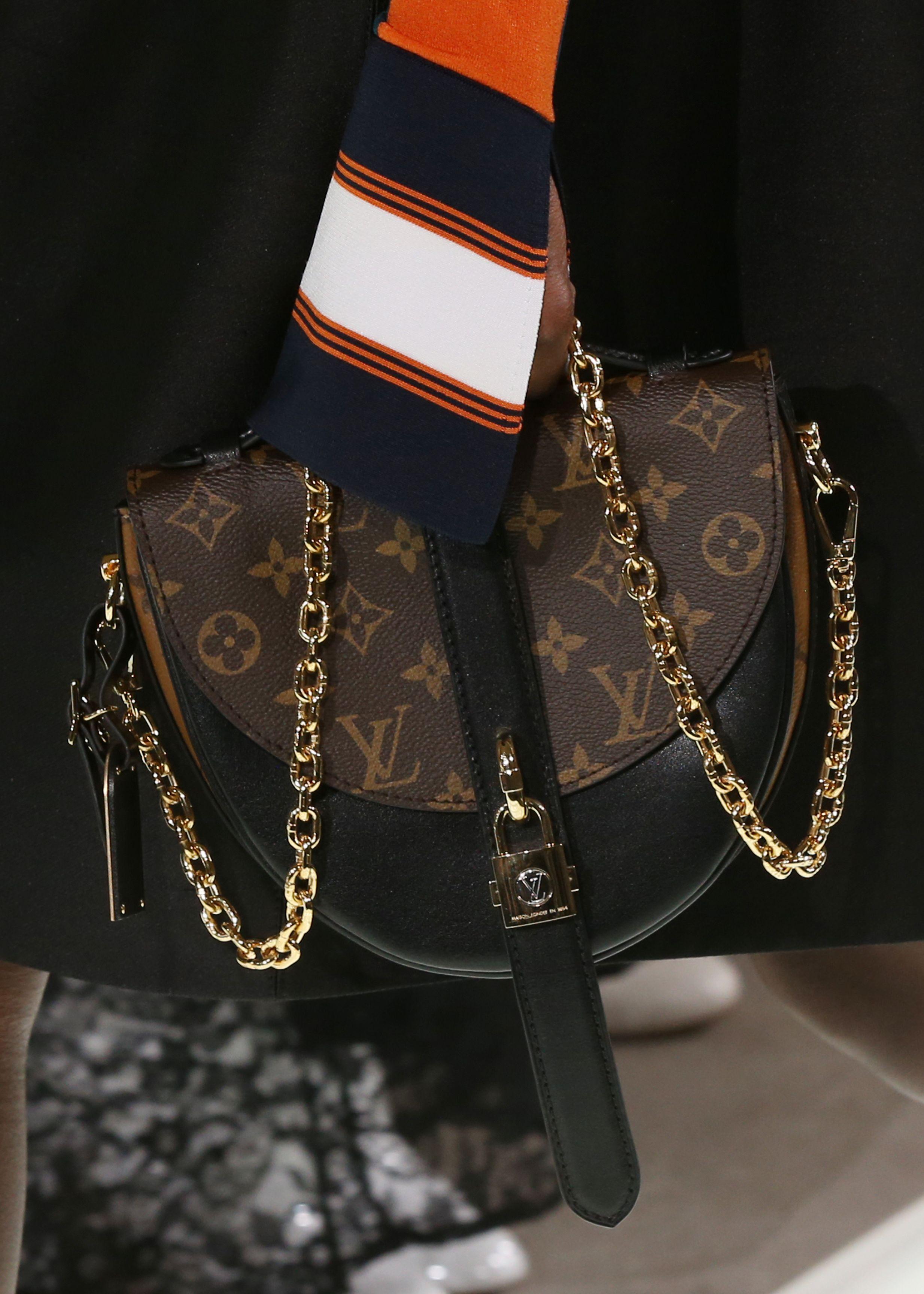 Клатч кожаный Louis Vuitton