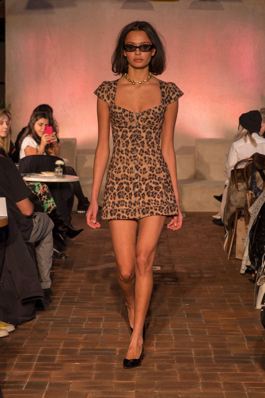 Платье леопардовое мини