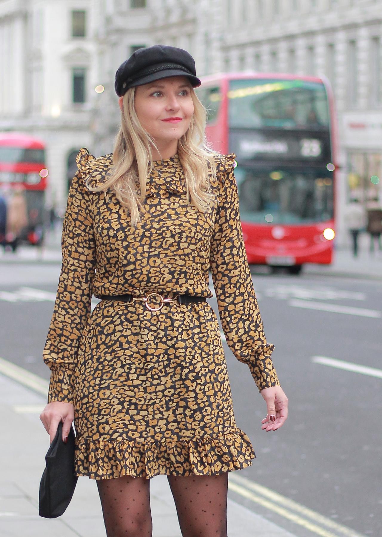 Платье леопардовое мини с воланами
