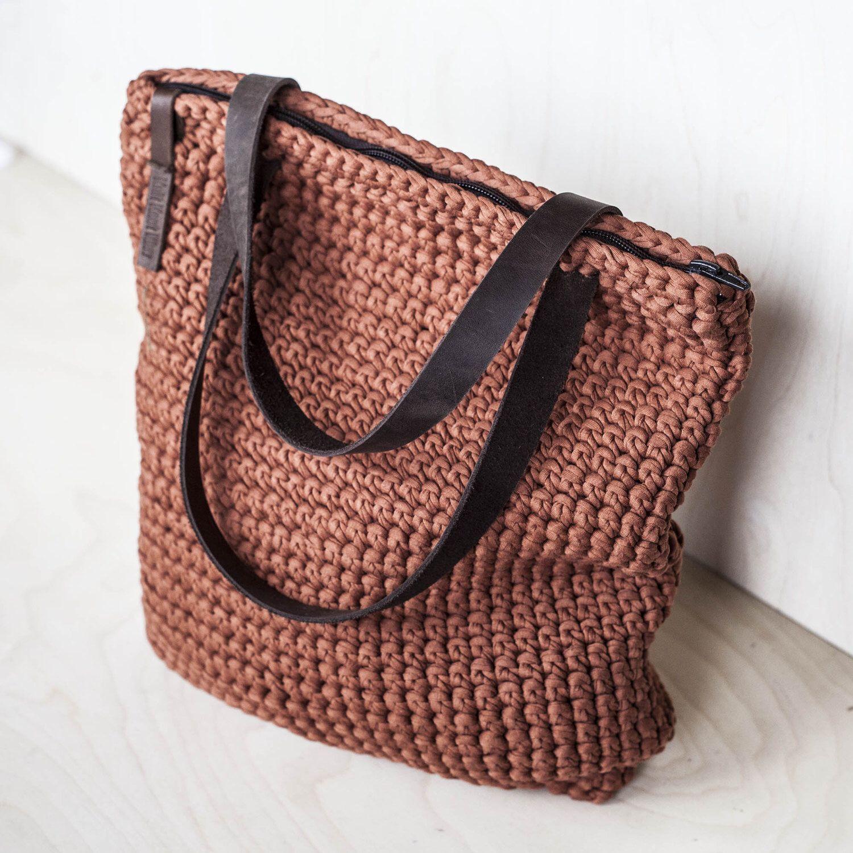 Вязаная сумка на молнии