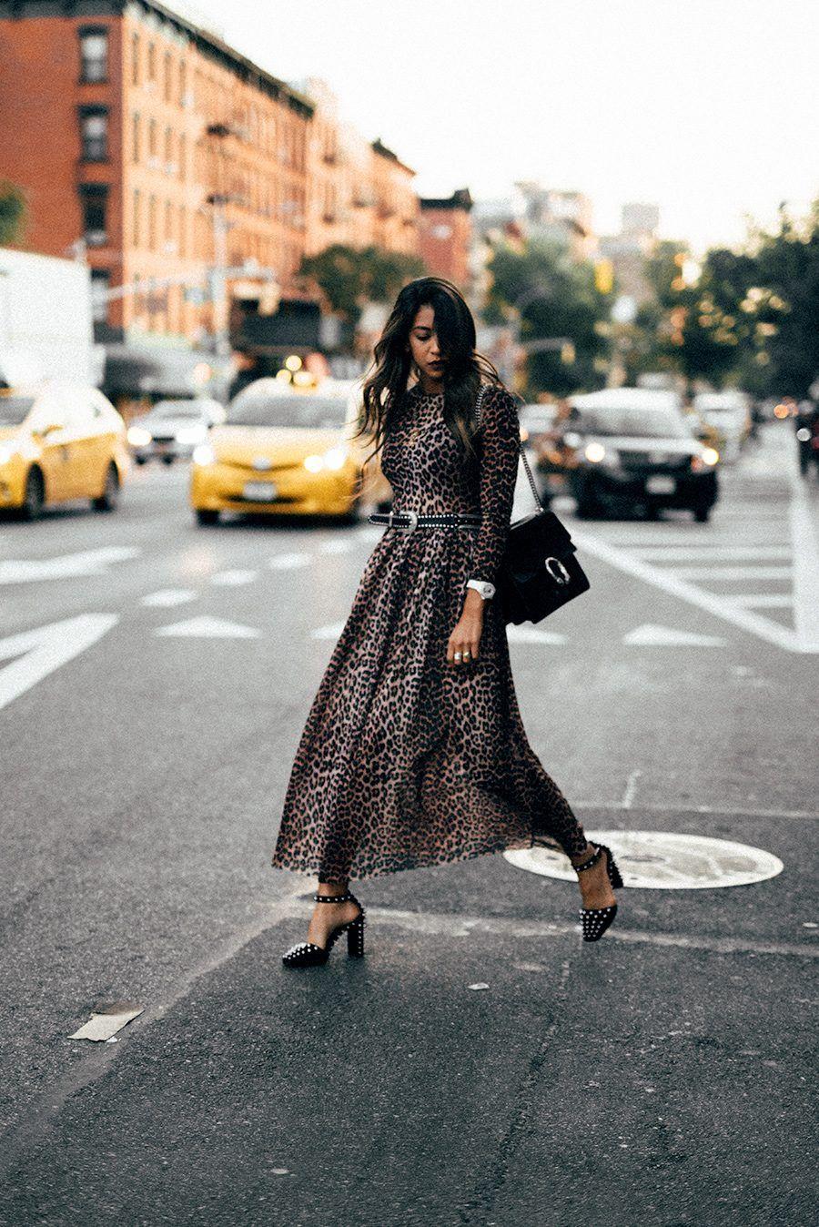 Платье леопардовое офисное