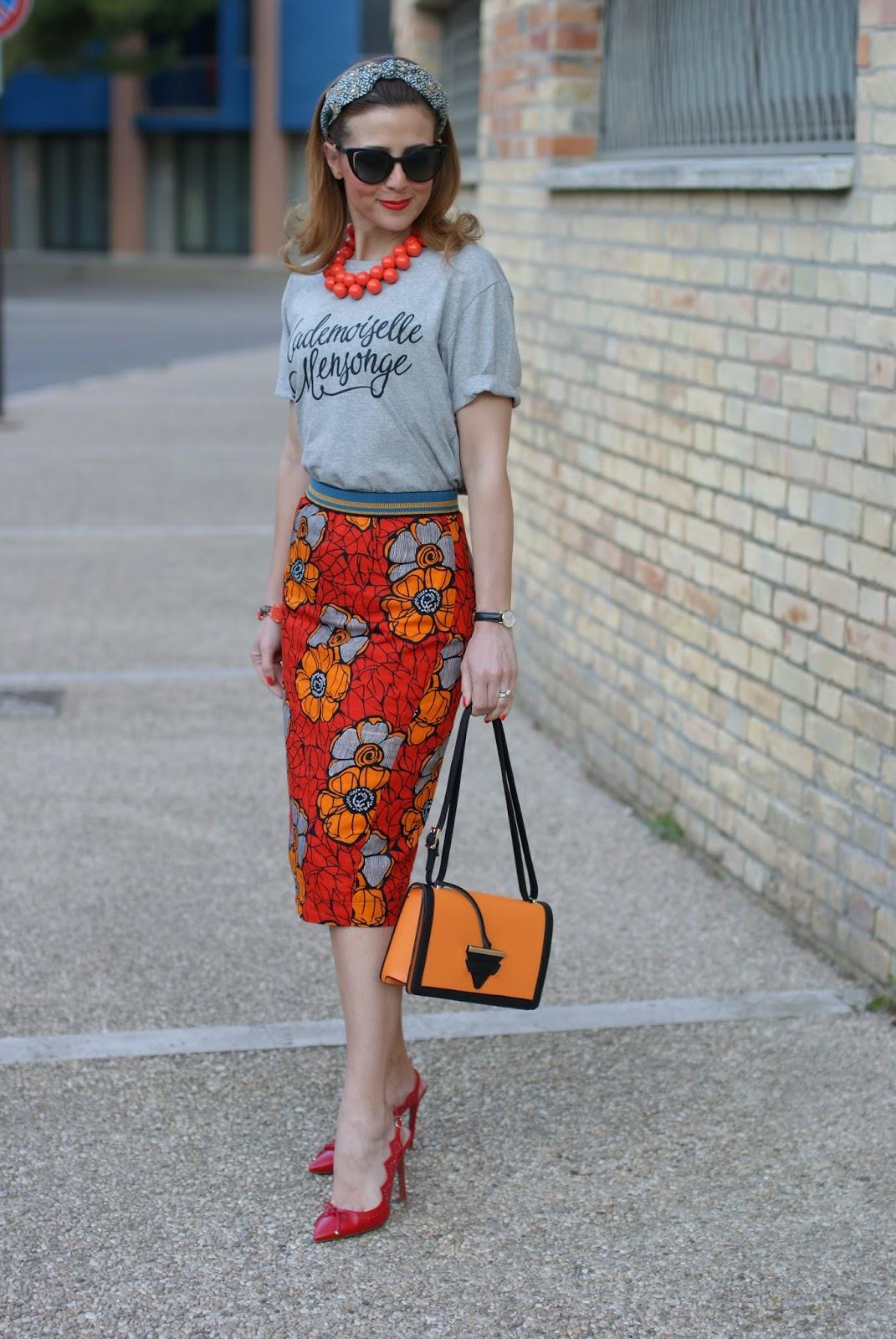 Юбка с футболкой оранжевая