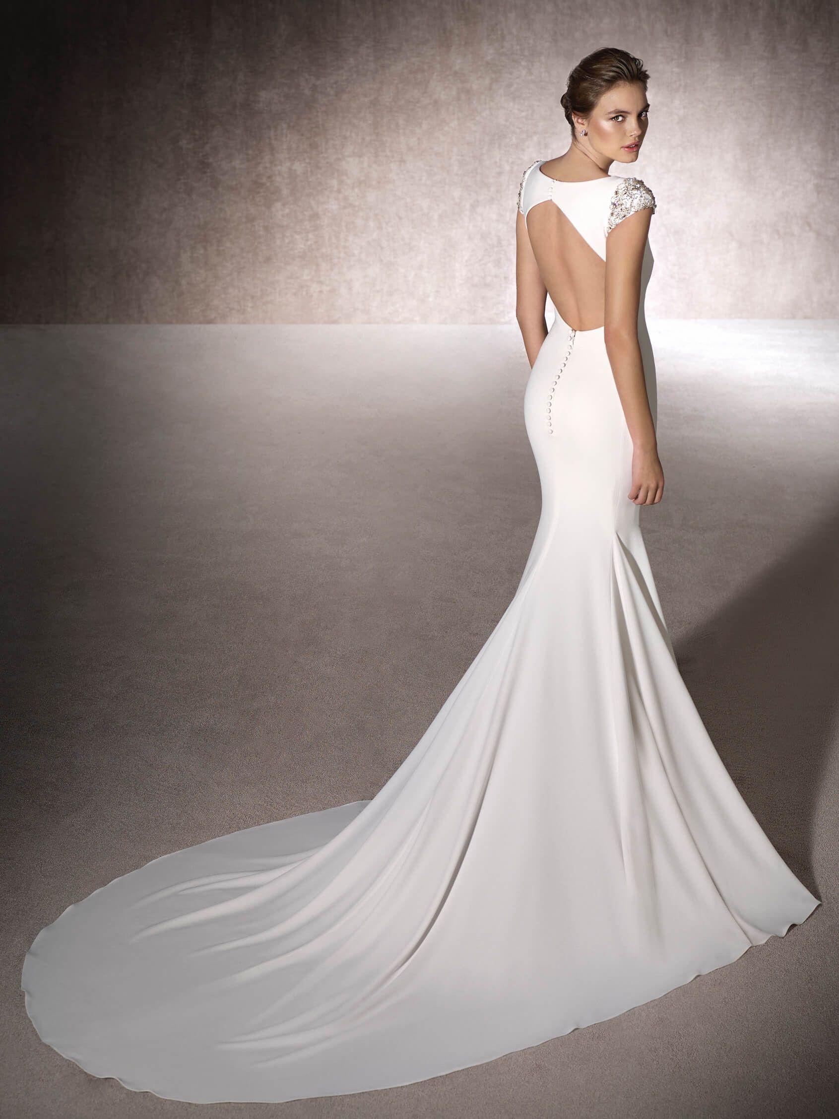 Свадебное платье рыбка с открытой спиной