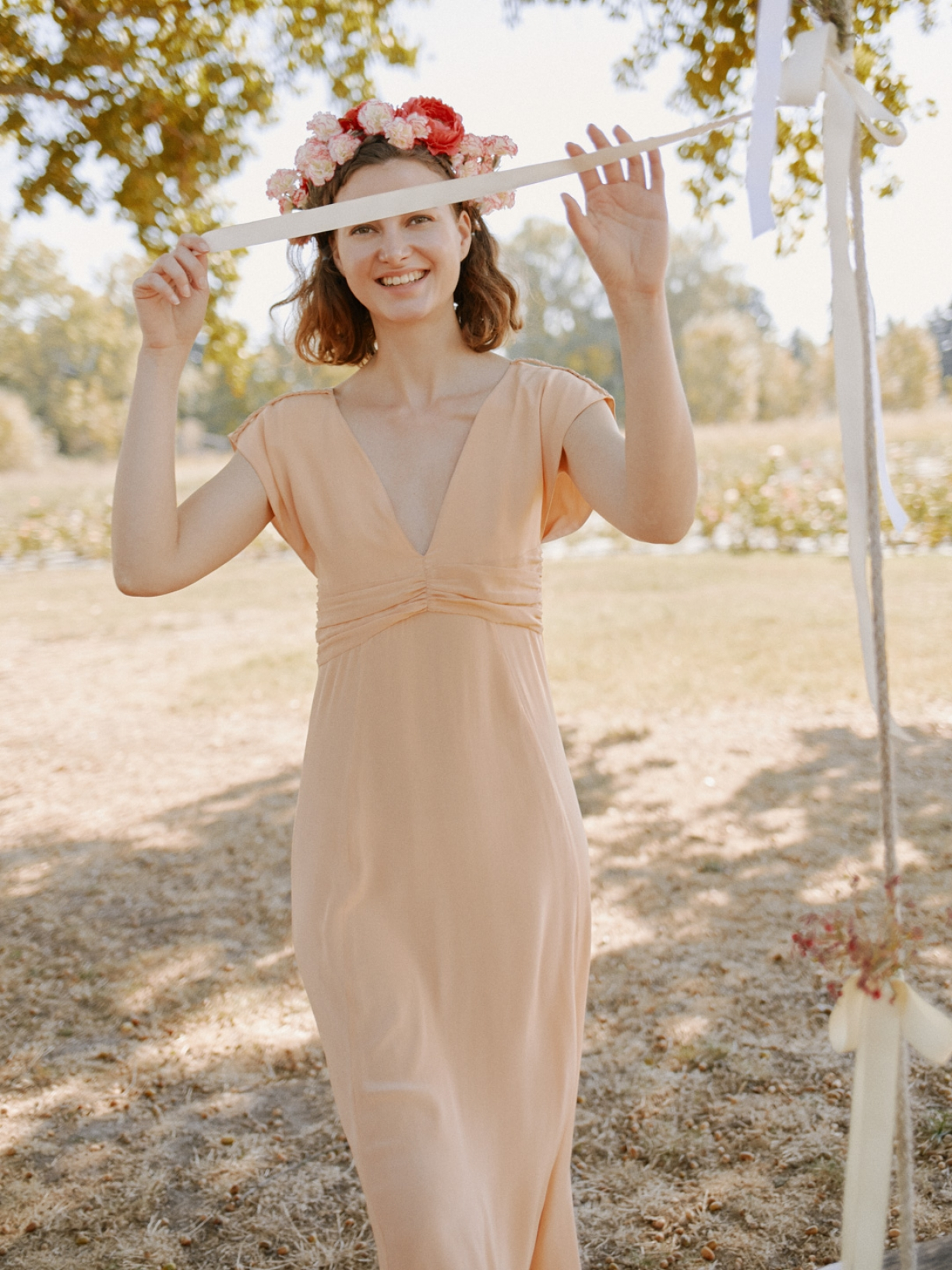 Свадебное платье персиковое