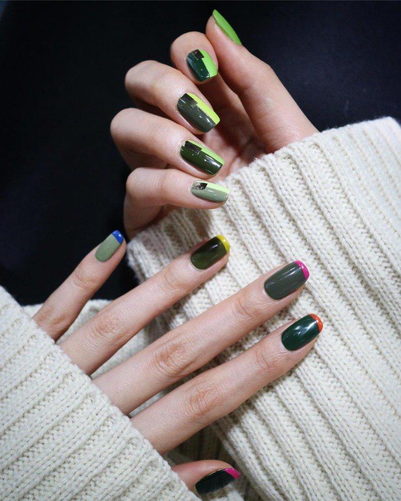 Зеленый маникюр разноцветный