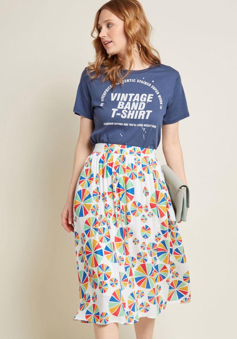 Юбка с футболкой разноцветная