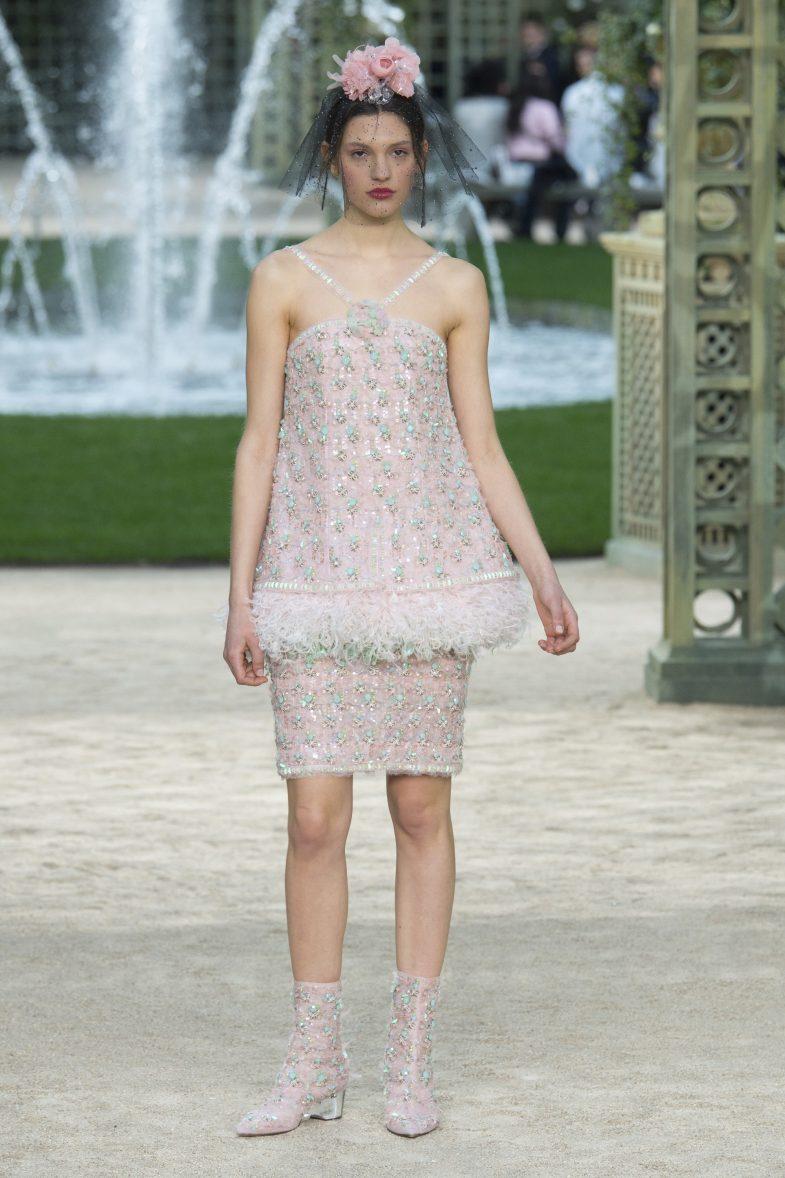 Свадебное платье для беременных розовое