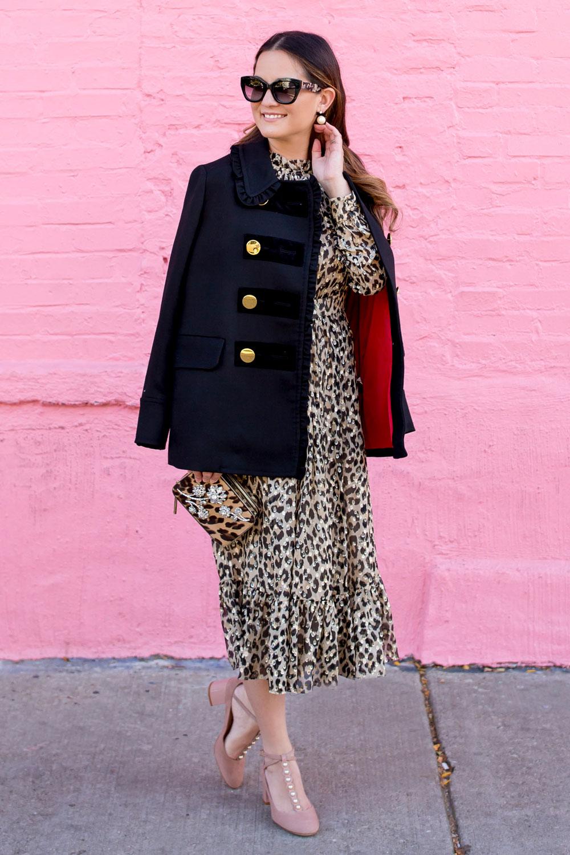 Платье леопардовое с рюшами