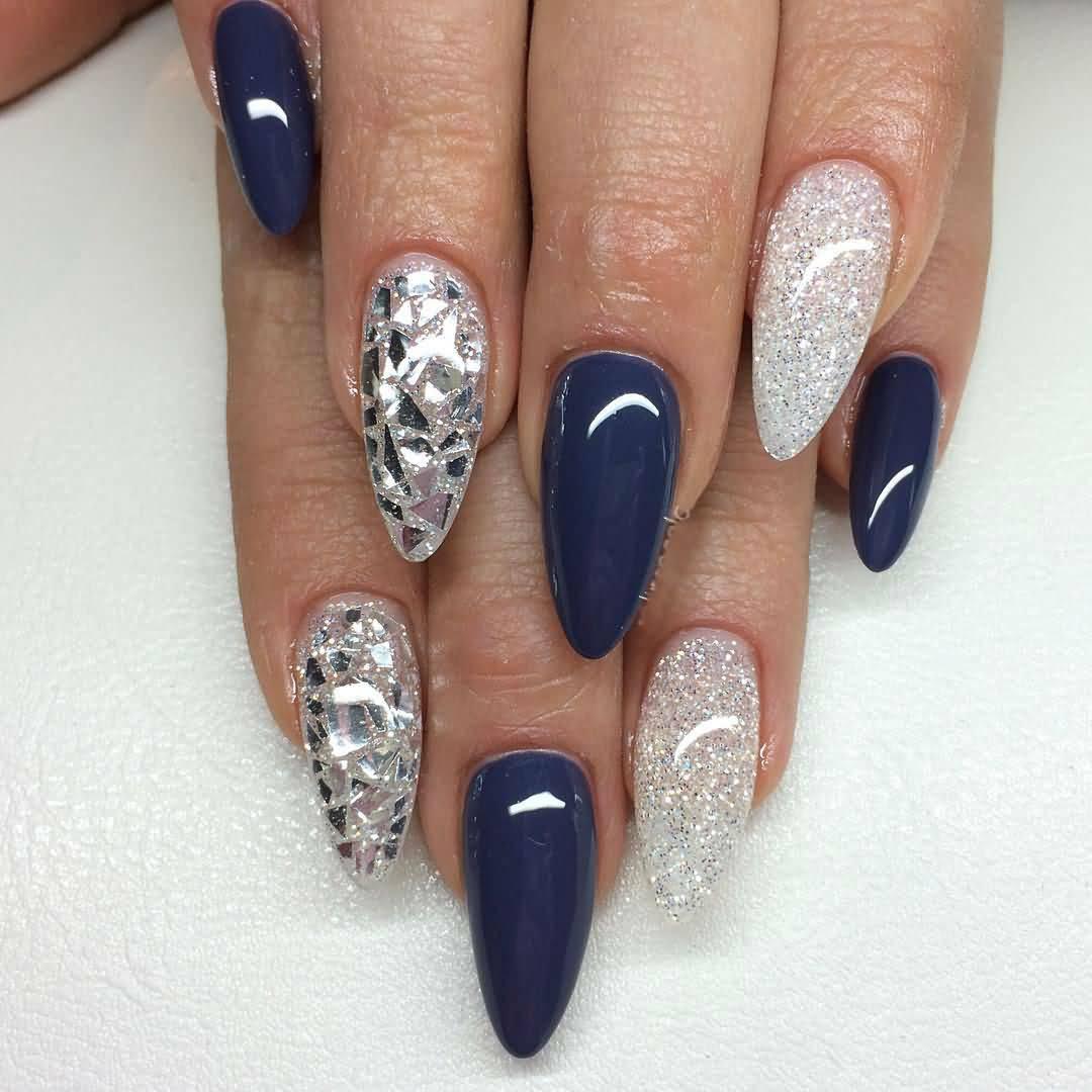 Острый маникюр синий с серебром