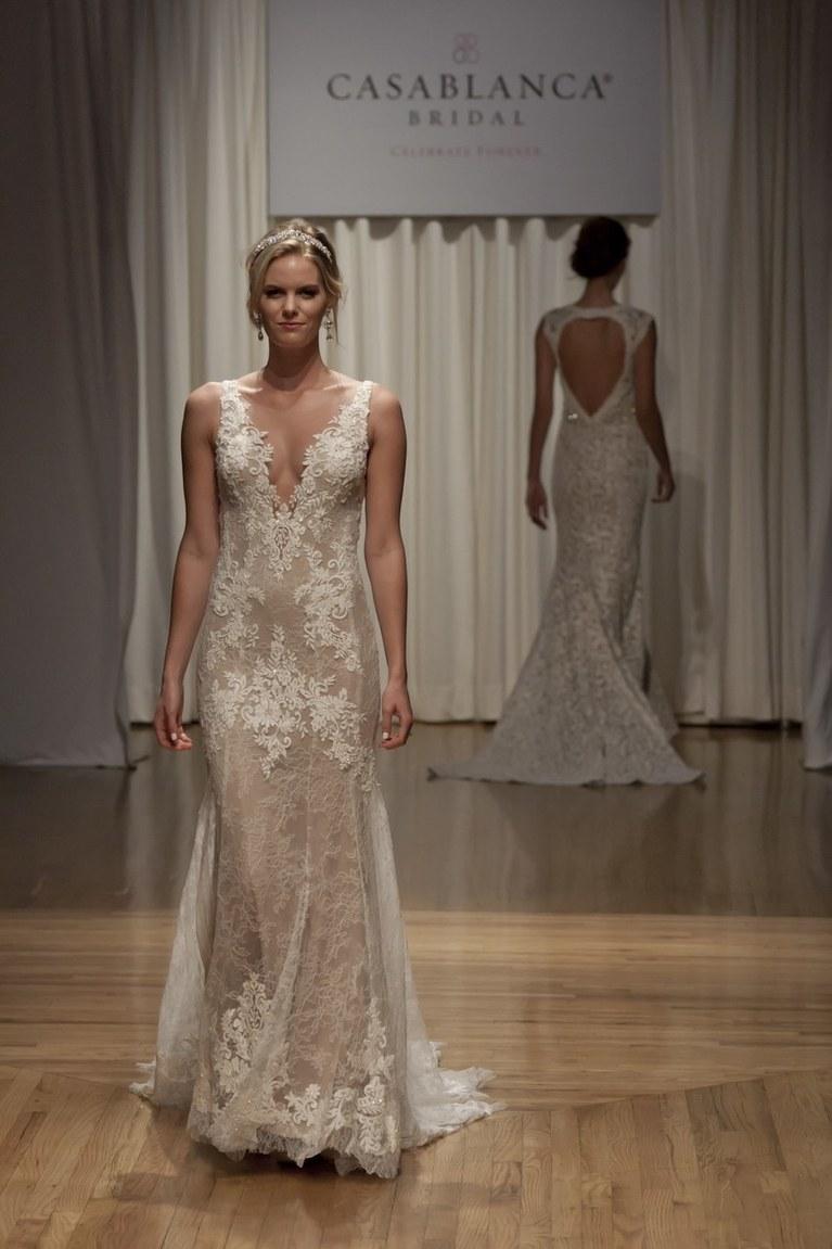 Свадебное платье айвори стильное