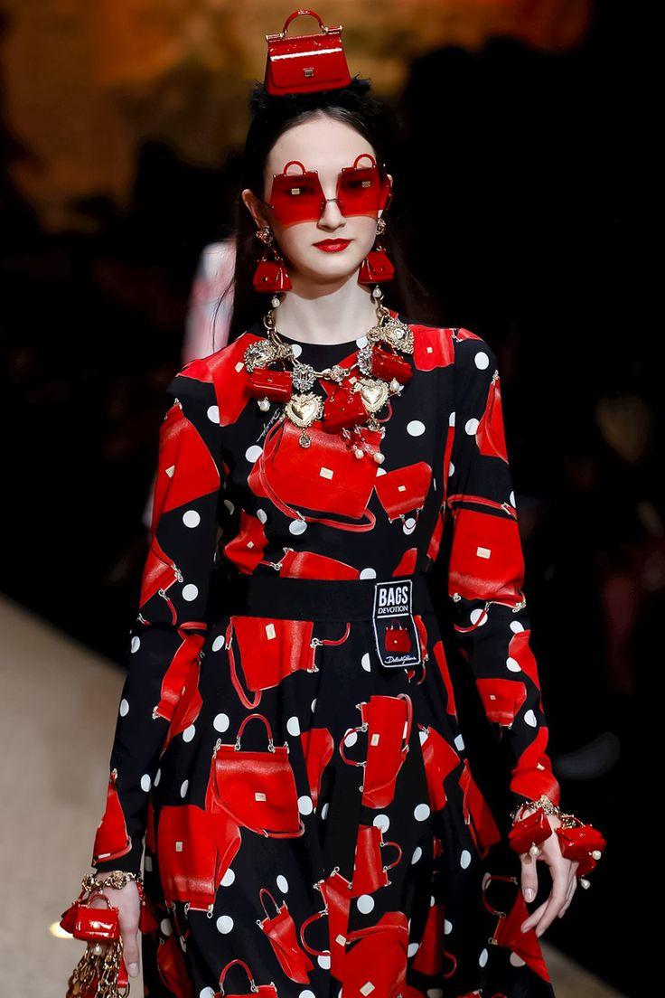 Красные серьги в виде сумок