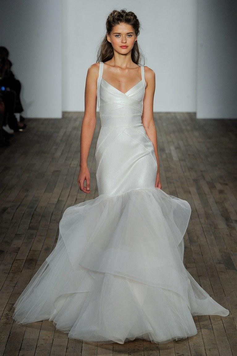 Свадебное платье рыбка тенденции 2018