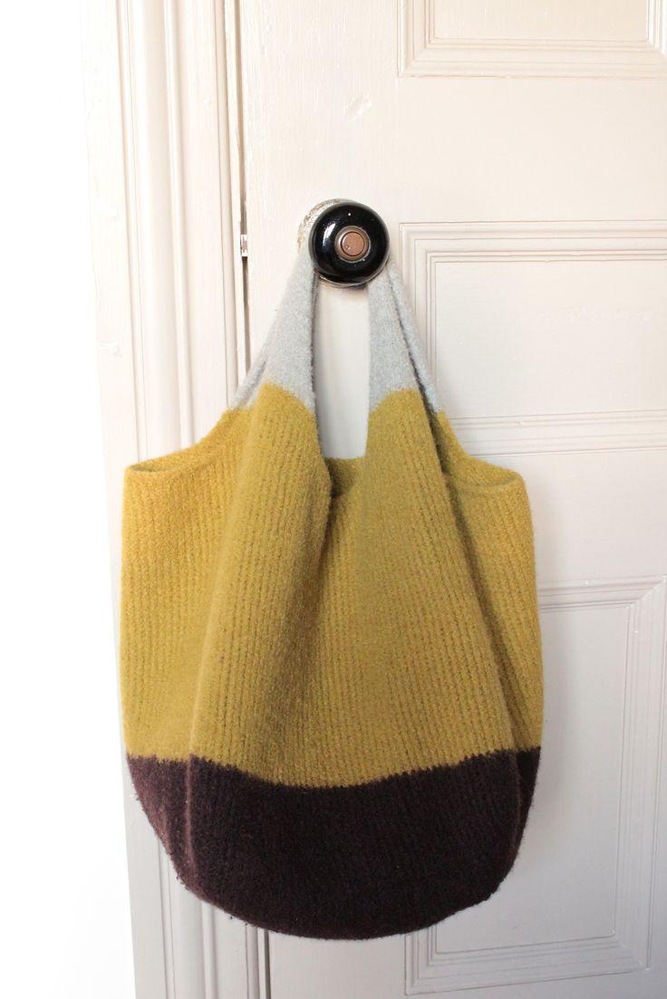 Вязаная сумка трехцветная