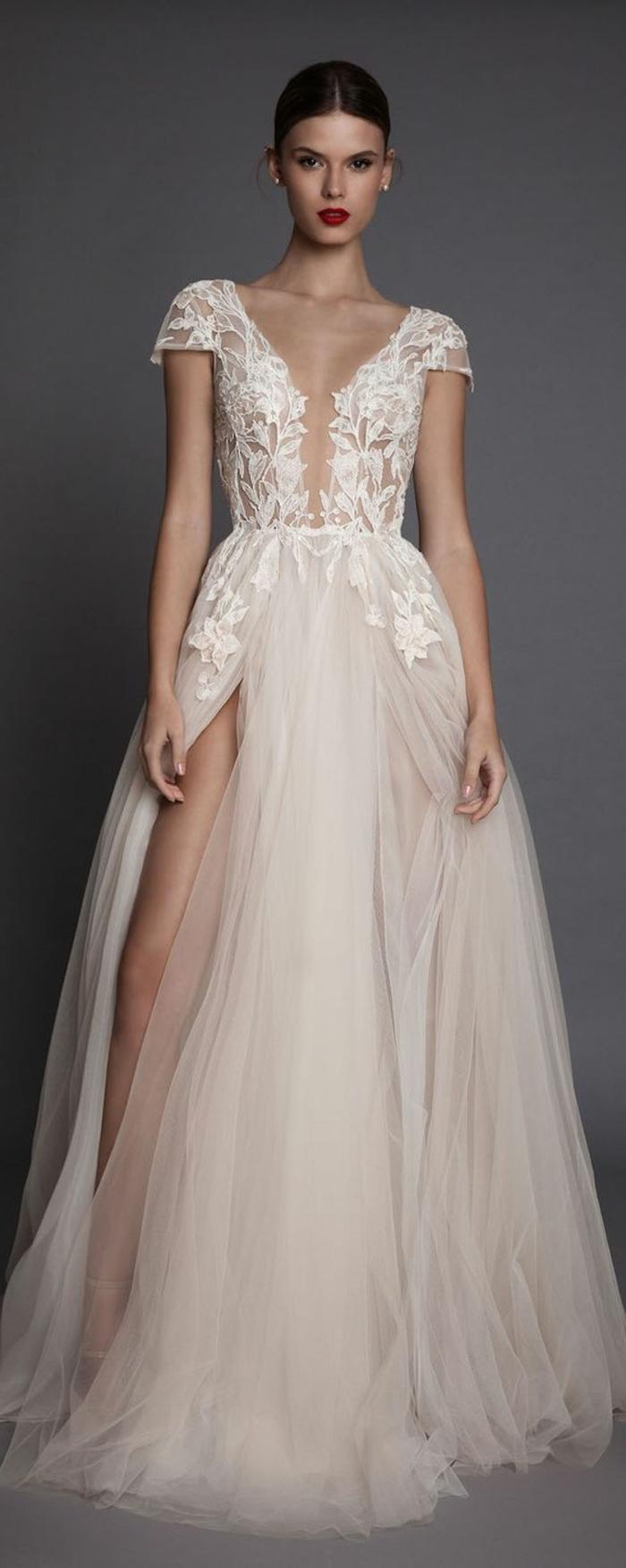 Свадебное платье айвори из тюля