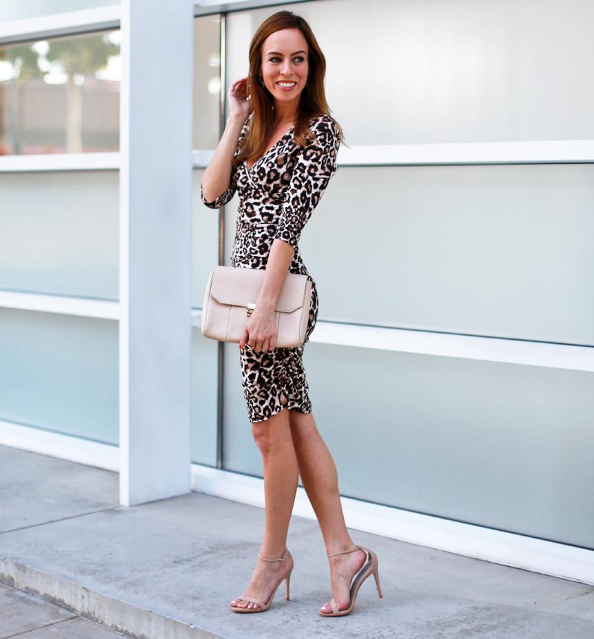 Платье леопардовое узкое