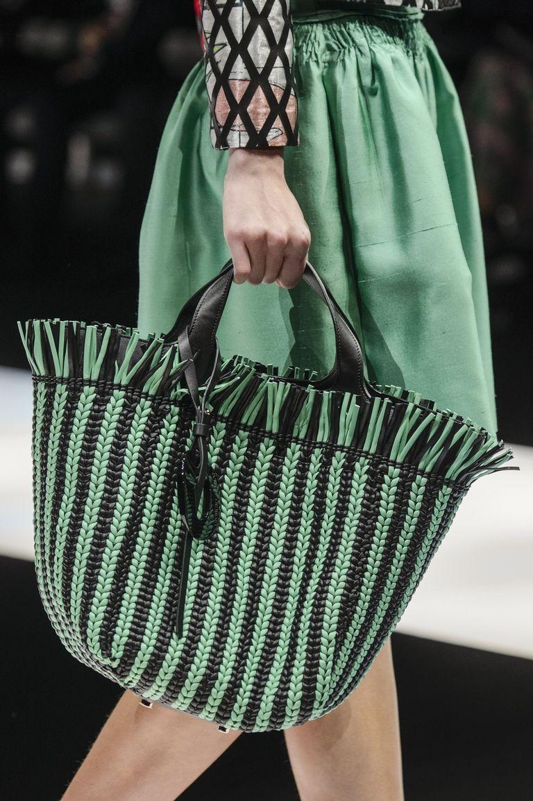 Вязаная сумка зеленая