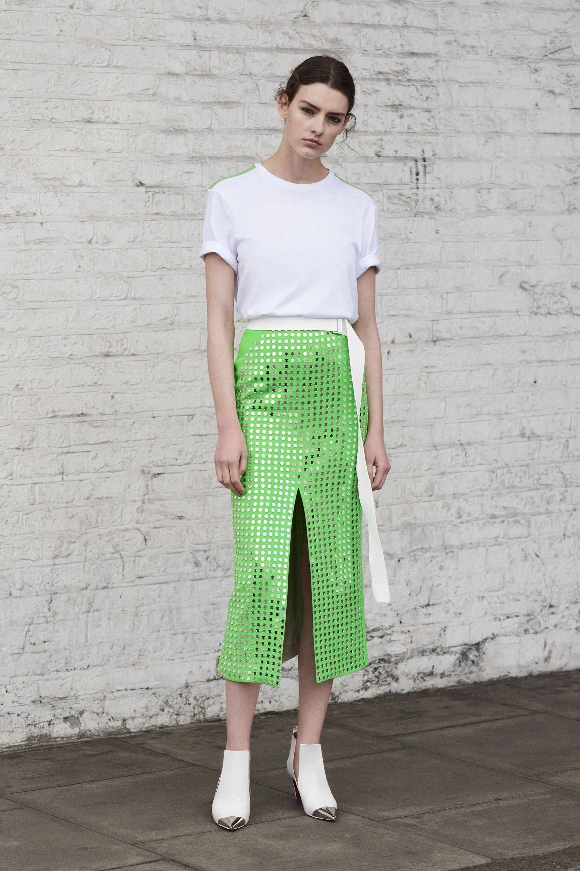 Юбка с футболкой зеленая