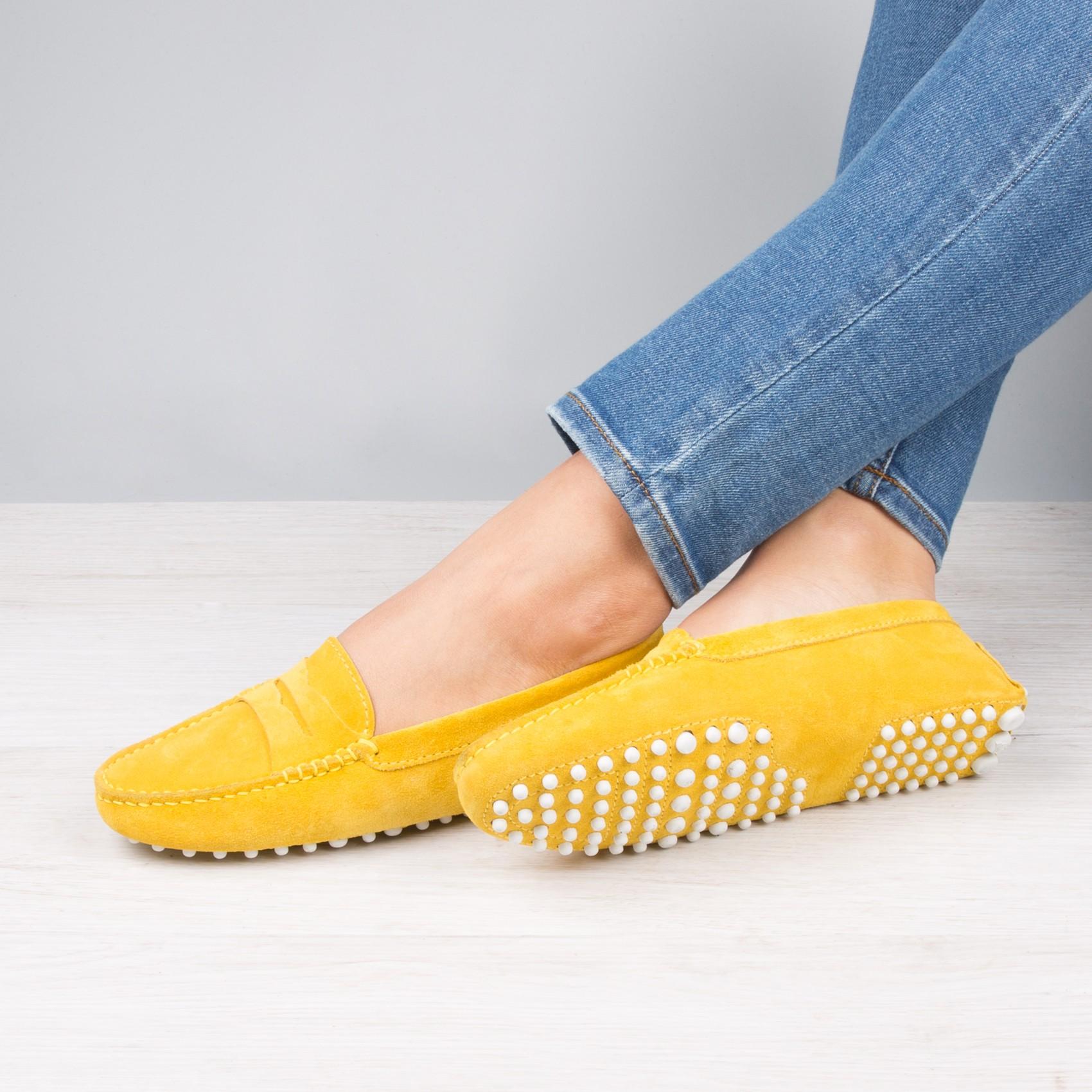 Мокасины женские желтые