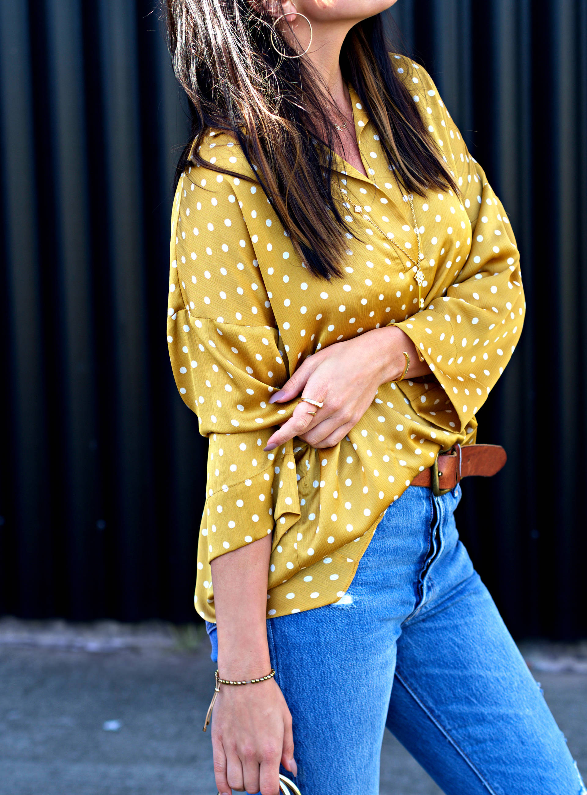 Блузка в горошек желтая