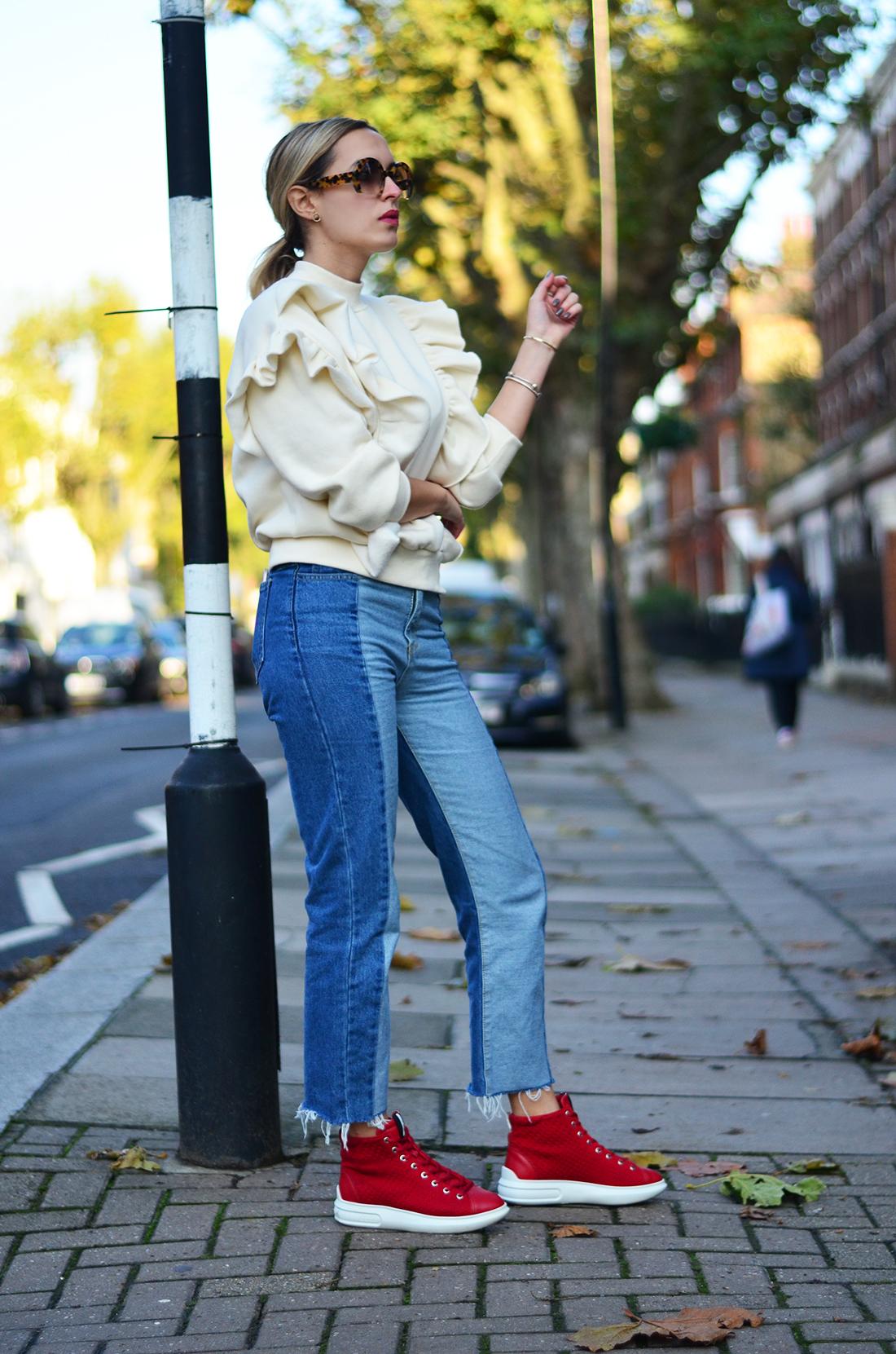 правилами высокие вишневые кеды с чем носить фото виде туники