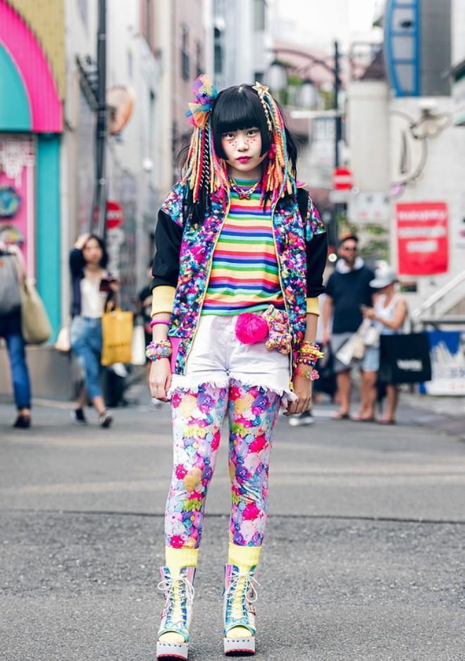 способом японский уличный стиль одежды фото платье