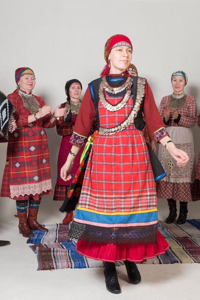 Народные костюмы удмуртской республики фото