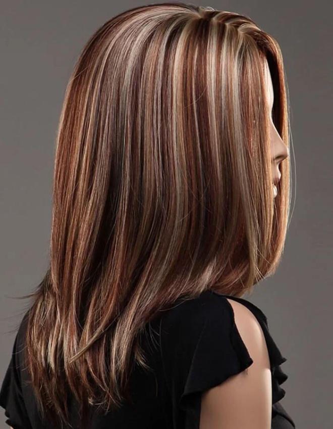 новых колорирование волос в коричневый фото иллюстрациями