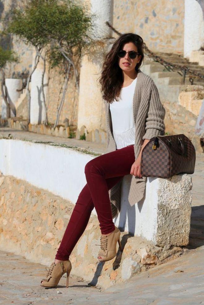 фотки, бордовые брюки фото с чем носить примерно одного возраста