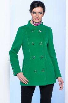 Короткое зеленое стильное пальто