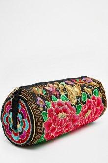 Черная маленькая сумка с цветочной вышивкой