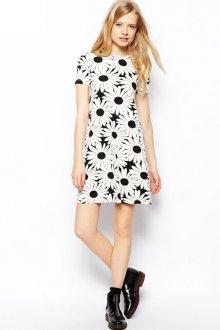 Черное-белое цветочное платье