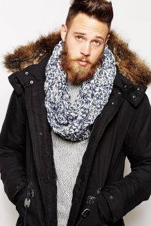 Бело-синий мужской шарф снуд
