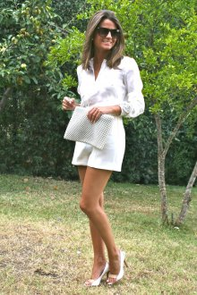 Белое платье и туфли