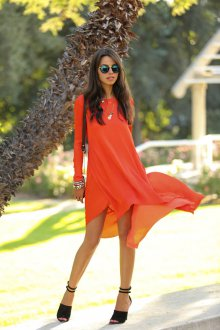Летнее оранжевое платье