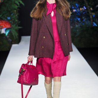 Платье и сумка цвета фуксии