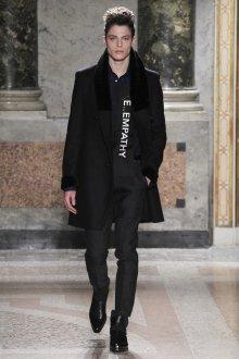 Модное мужское черное пальто