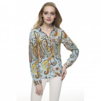Разноцветная блузка в стиле винтаж