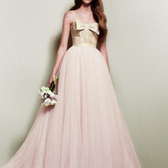 Золотисто-розовое свадебное платье с пышной юбкой
