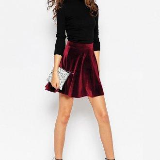 Красная бархатная юбка мини