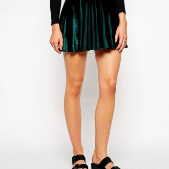 Зеленая бархатная юбка