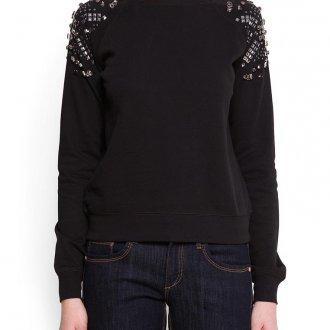 Вариант декора черной блузки