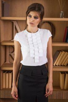 Украшение белой блузки тканью