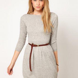 Светло-серое трикотажное платье